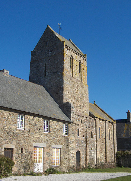 Prieuré Saint-Léonard, bourg de Vains (Manche)