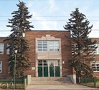 Queen Elizabeth School in Canada