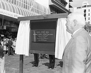 James Ramsay (governor) - Queen Street Mall opening by Governor Sir James Ramsay, 1982