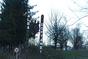 RO PH Valea Doftanei sign.jpg
