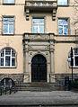 Rathaus Leuben Portal.jpg