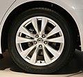 Rear tire and 18 inch wheel of NISSAN FUGA Y51.jpg