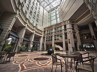 Rendezvous Hotel Singapore - The courtyard of the Rendezvous Hotel Singapore, before it was renovated and renamed the Rendezvous Grand Hotel Singapore