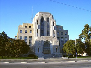 Reno County Courthouse, gelistet im NRHP Nr. 86003530[1]