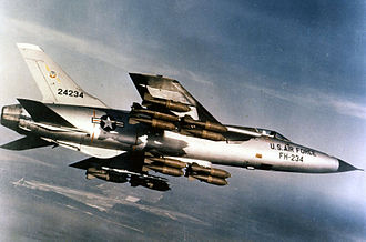 Republic F-105 Thunderchief - Image: Republic F 105D 30 RE (SN 62 4234) in flight with full bomb load 060901 F 1234S 013