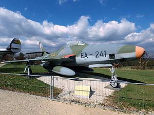 Republic RF-84 F Thunderflash pic2.JPG