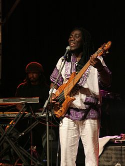 Richard Bona Torun.jpg