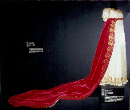 Last dress of Napoleon's Coronation / Countess Berenger, wife of Count Jean Berenger (1767-1850) Robe de la comtesse Berenger au sacre de Napoleon.PNG