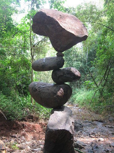 File:Rock balancing (Counter Balance).jpg
