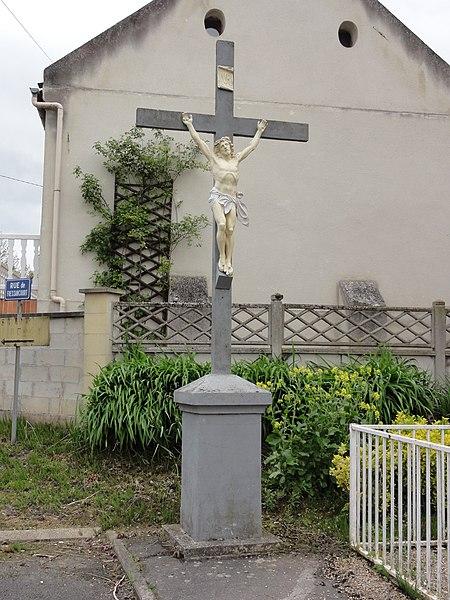 Rogécourt (Aisne) croix de chemin