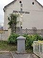 Rogécourt (Aisne) croix de chemin.JPG