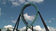 Fil:Roller coaster vertical loop.ogv