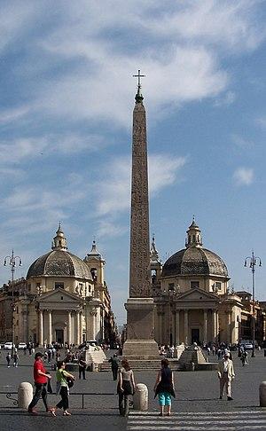 Flaminio Obelisk - Flaminio Obelisk in Piazza del Popolo. In the background, the churches of Santa Maria in Montesanto and Santa Maria dei Miracoli