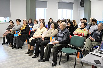 Rostelecom and evening computer classes for elderly persons 02.jpg