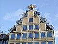 Rostock Giebel Haus Sonne.jpg