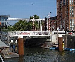 Rotterdam stad lage erfbrug.jpg