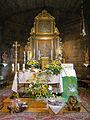 Rudziniec, kościół św. Michała Archanioła, prezbiterium i ołtarz główny.JPG