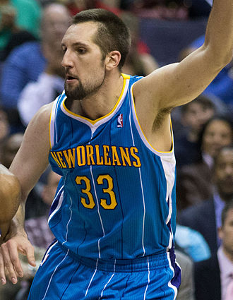 Ryan Anderson (basketball, born 1988) - Anderson with the Hornets in March 2013.