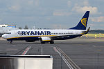 Ryanair, EI-DWO, Boeing 737-8AS (18943304846).jpg