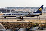 Ryanair Boeing 737-8AS (EI-DWX) departing to Palma de Mallorca (PMI) @ Madrid Barajas Airport (MAD).jpg