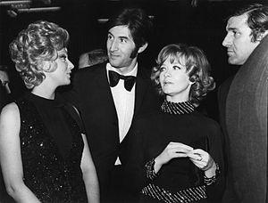 Sylva Koscina - Koscina (left) with Ljubiša Samardžić, Milena Dravić, and Bata Živojinović at the Battle of Neretva premiere in Sarajevo in November 1969