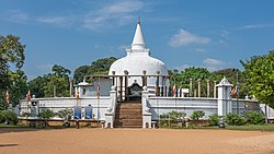 SL Anuradhapura asv2020-01 img33 Lankarama Stupa.jpg