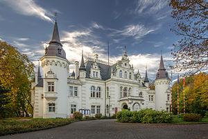 Jelcz-Laskowice - Fairy tale castle, now city council