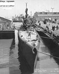 SS-238 in the Mare Island'43.jpg