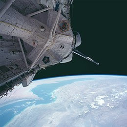 STS094-737-071 Columbia and Spacelab Module LM1.jpg