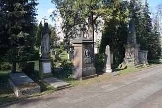 Poles in Germany - Image: Sachsen, Dresden, Alter katholischer Friedhof NIK 7852