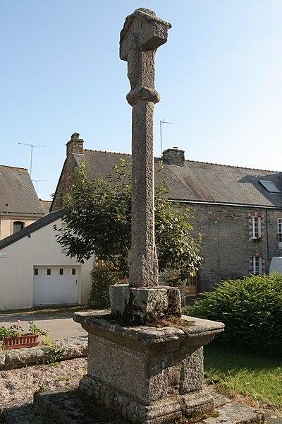 La croix de cimetière de Saint-Abraham: face est.