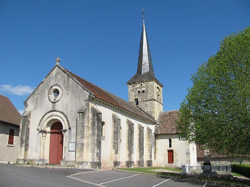 Église Saint Julien de Fleury-sur-Loire, Nièvre, France.