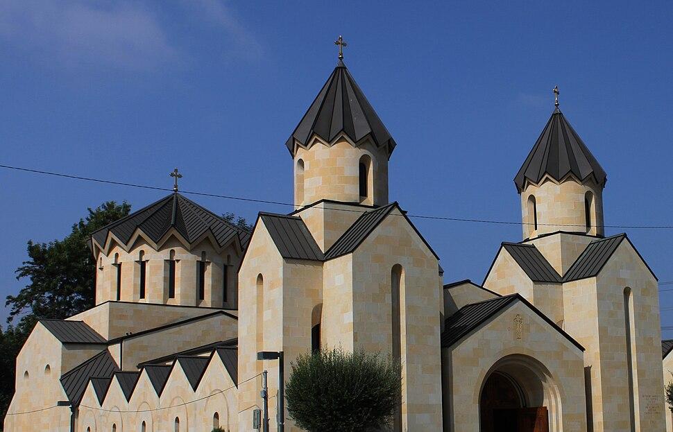 Saint Gregory the Illuminator Armenian Catholic Church in Glendale , California (2001) crop