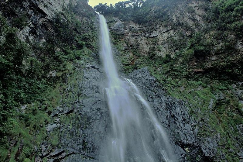 Cachoeira do Salto Grande em corupá, santa catarina, na rota das cachoeiras