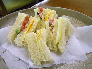 Sandwich - English sandwiches, crustless on a plate