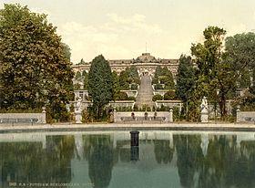 Sanssouci cerca de 1900; a vista desta época permanece inalterada.