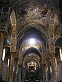 Santa Maria dell'Ammiraglio elizaren nabe zentrala (Palermo).jpg