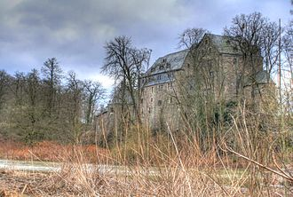 House of Hatzfeld - Image: Schloss Schönstein 2
