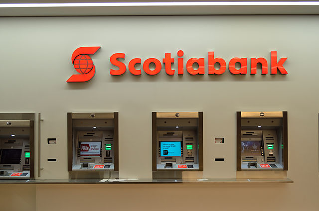 Scotiabank ATMs By Raysonho @ Open Grid Scheduler / Grid Engine (Own work) [CC0], via Wikimedia Commons