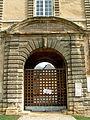 Sedan - Château Bas - Porte d'entrée.JPG