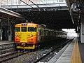 Shinano Railway 115 series at Nagano Station (46633873565).jpg