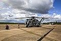 Sikorsky CH-53E (USMC) (13980483802).jpg