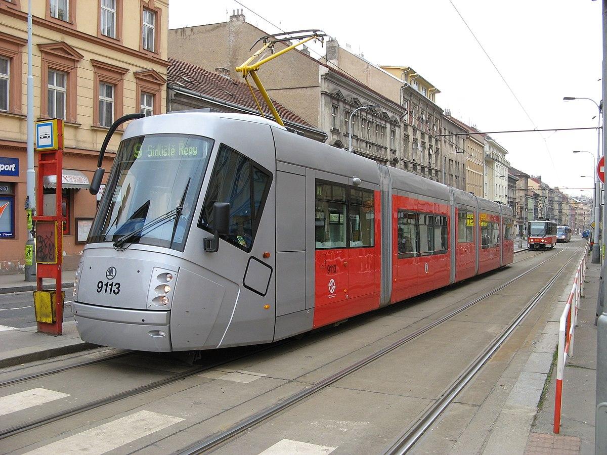 skoda tram