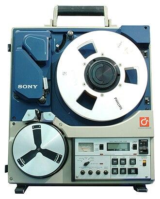 Type C videotape - Sony BVH-500 portable VTR