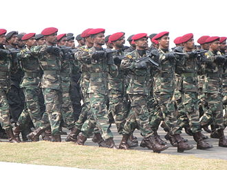Commando - Sri Lankan commandos marching