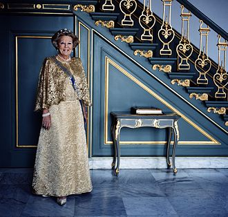 Anton Corbijn - Corbijn's official portrait of Beatrix of the Netherlands in 2008