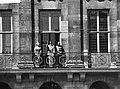 Statiebezoek koning Boudewijn , Koningin, Koning Boudewijn , Prins Bernhard op b, Bestanddeelnr 910-5009.jpg