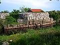 Staw księdza, z tyłu pole namiotowe - Christianso - panoramio.jpg