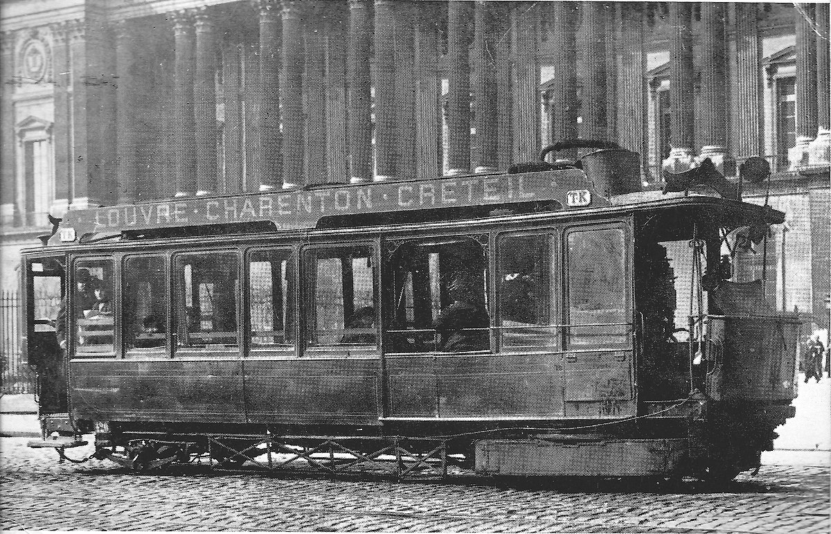 Steampowered Paris tram.jpg
