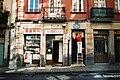 Streets of Bilbao (48935440201).jpg